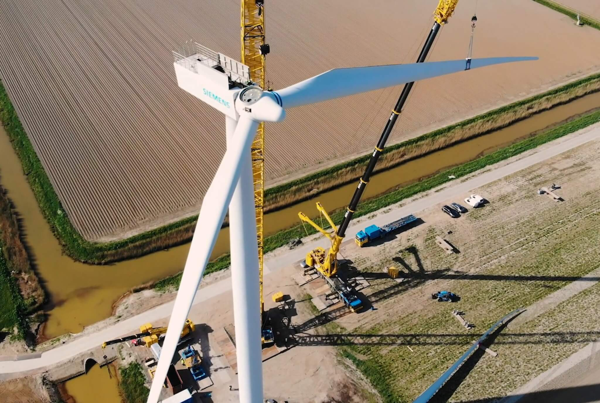 Rengineers has the in-house knowledge needed for full project realisation. From purchasing and disassembling existing wind turbines to giving used turbines a new lease of life. A prime example of sustainability and doughnut economy.